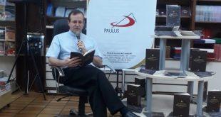 """Pe. Evandro Stefanello lança livro """"O Tribunal Interdiocesano"""""""