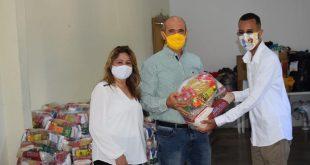 CDL Cuiabá doa 3 toneladas de alimentos para Campanha Paróquia Sagrada Família